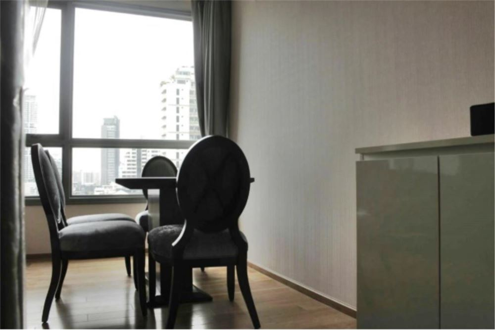 RE/MAX Properties Agency's FOR SALE  H SUKHUMVIT 43  2BED 59.14SQM 7