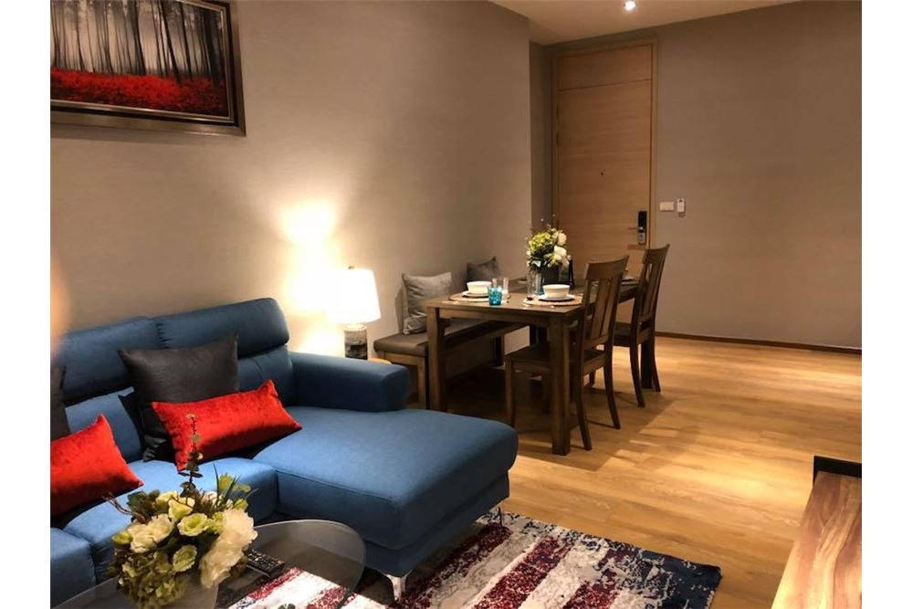 RE/MAX Properties Agency's for rent Park 24 2bedroom 6