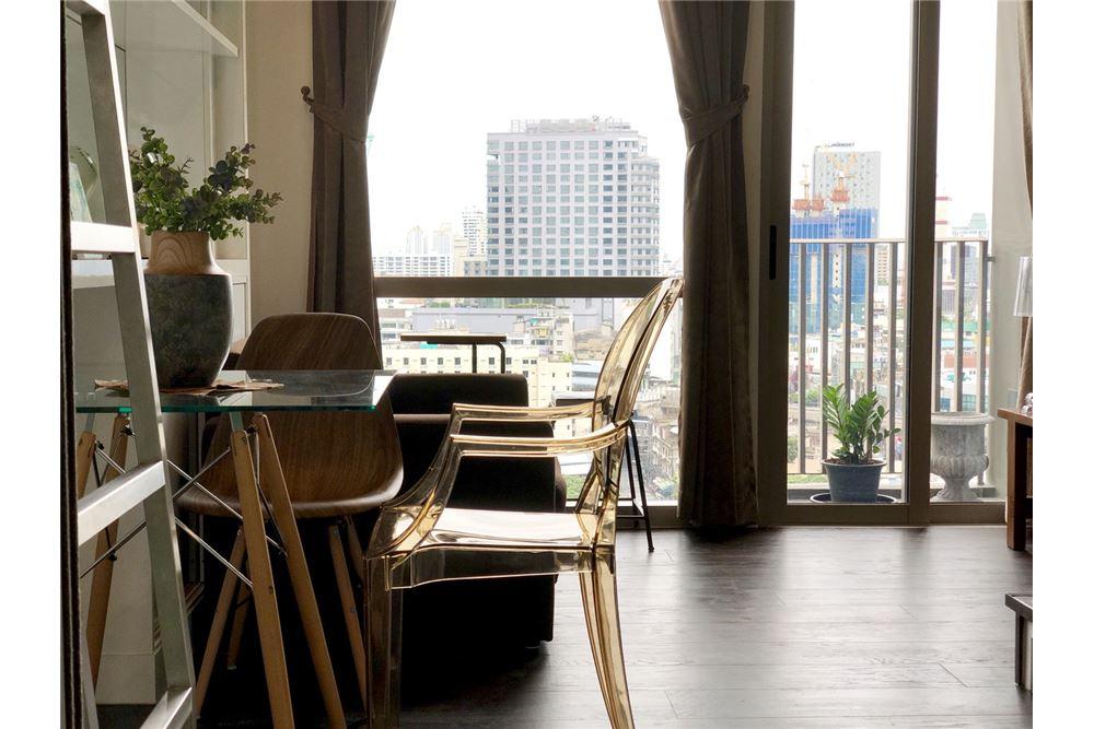 RE/MAX Executive Homes Agency's Stylish 1 Bedroom Duplex for Rent Ashton Morph 38 11