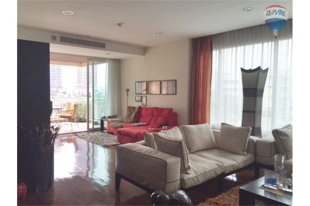 RE/MAX Properties Agency's Wilshire Sukhumvit 22 Condominium for sale 1