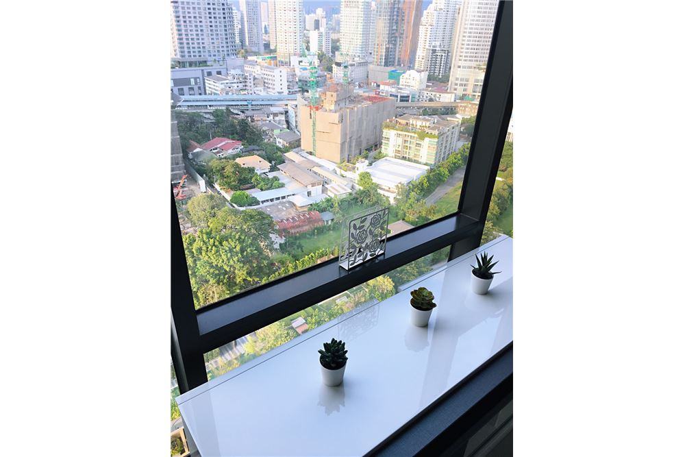 RE/MAX Properties Agency's RENT Rhythm Sukhumvit 36-38 1BED 41SQM. 6