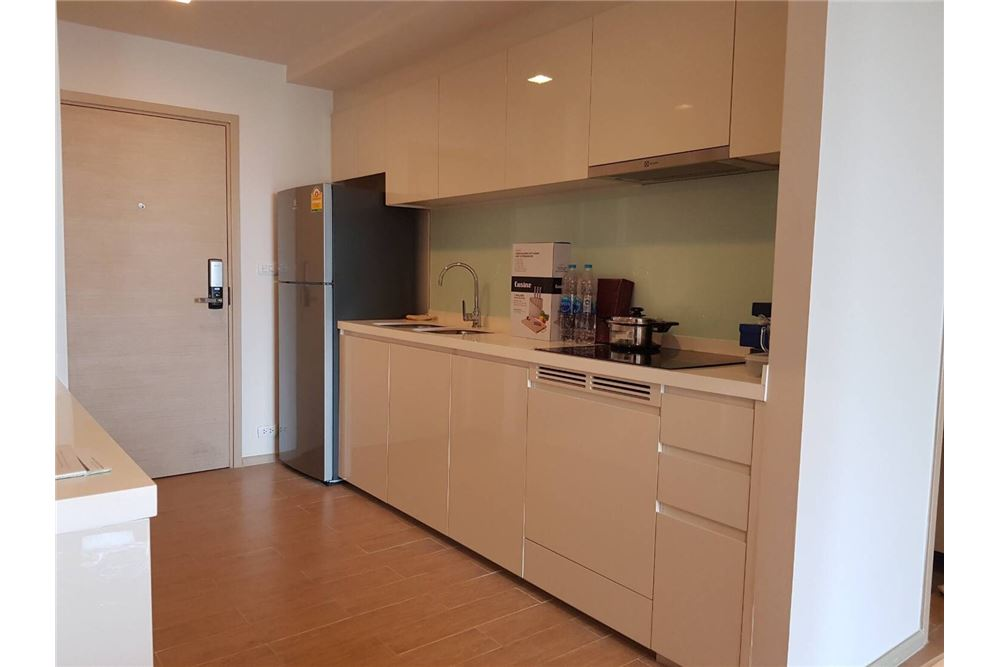 RE/MAX Executive Homes Agency's For Rent Liv@49 BTS Thonglor 2bed 2bath Very New!! 9