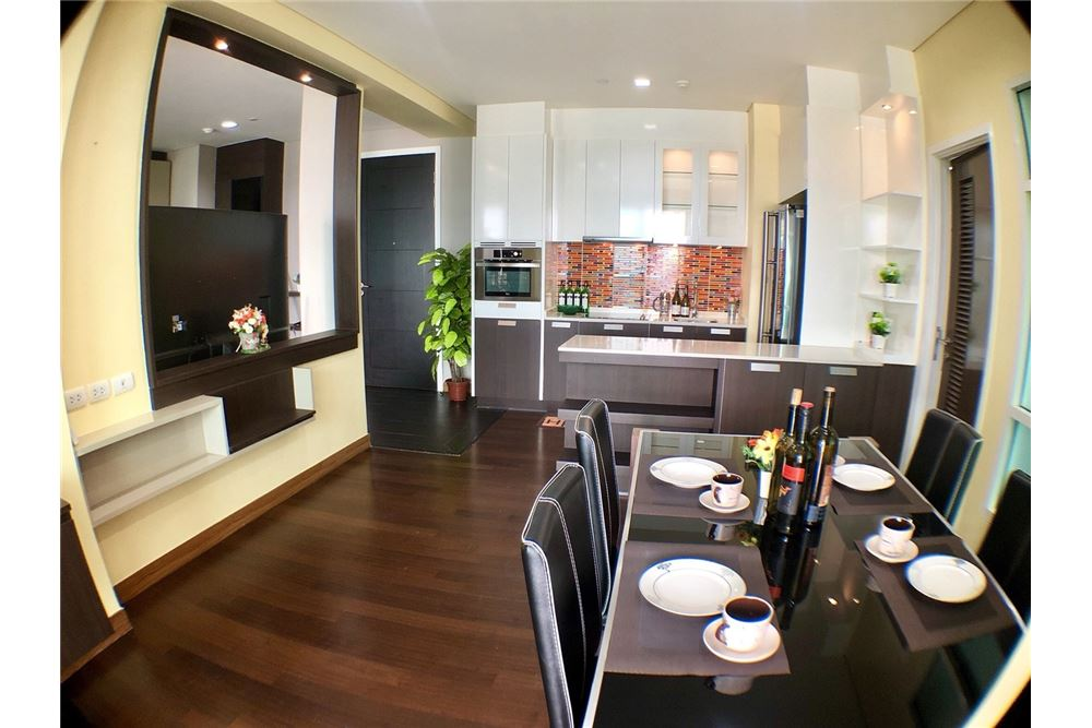 RE/MAX Executive Homes Agency's Spacious 2 Bedroom for Rent Ivy Thonglor 7