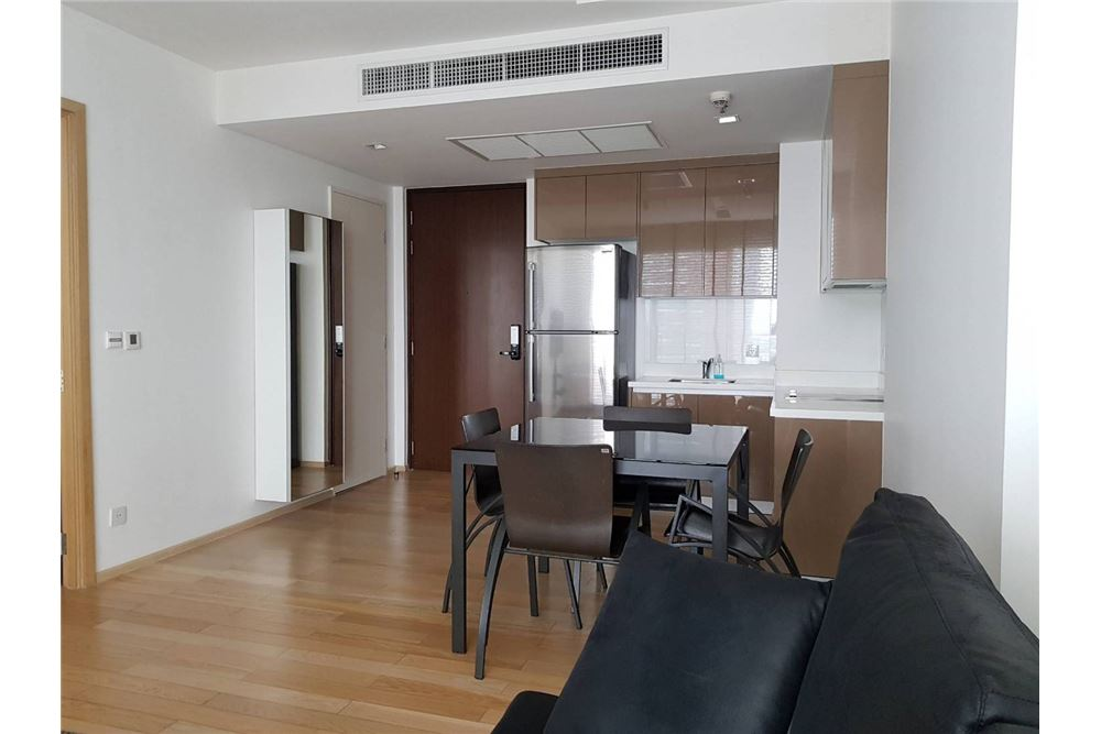 RE/MAX Executive Homes Agency's Nice 1 Bedroom for Sale Siri Sukhumvit 6