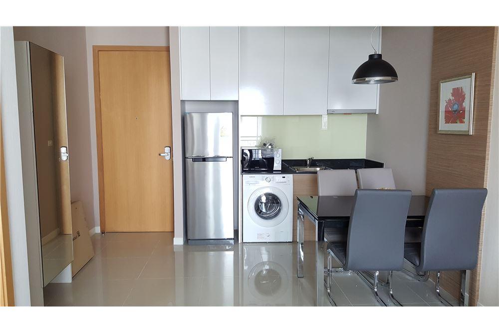 RE/MAX Properties Agency's RENT Circle Condominium 1 Bed 45sqm 3