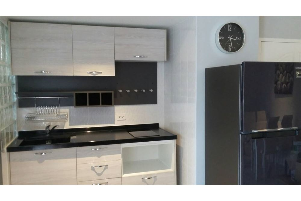 RE/MAX Properties Agency's FOR RENT  Beverly Tower Condo 2BED 75SQM 5