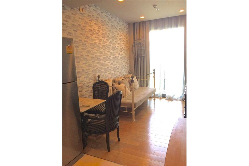 RE/MAX Properties Agency's Keyne 1bed 1