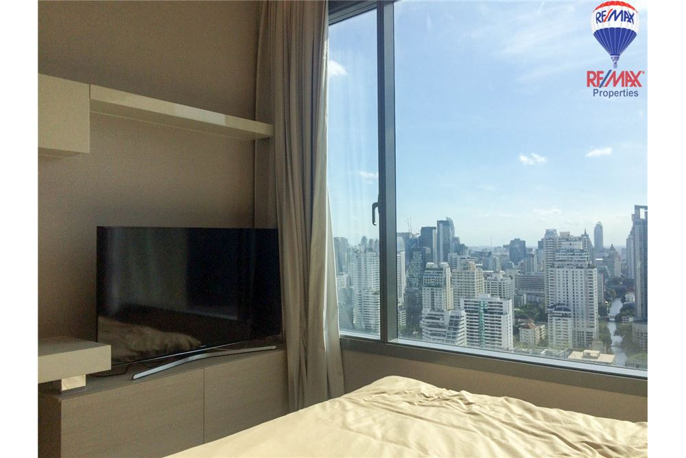 RE/MAX Properties Agency's 1 bed for RENTQ Asoke near MRT 16