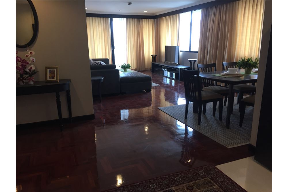 RE/MAX Executive Homes Agency's 2 Bedrooms / For Rent / Lakegreen 3