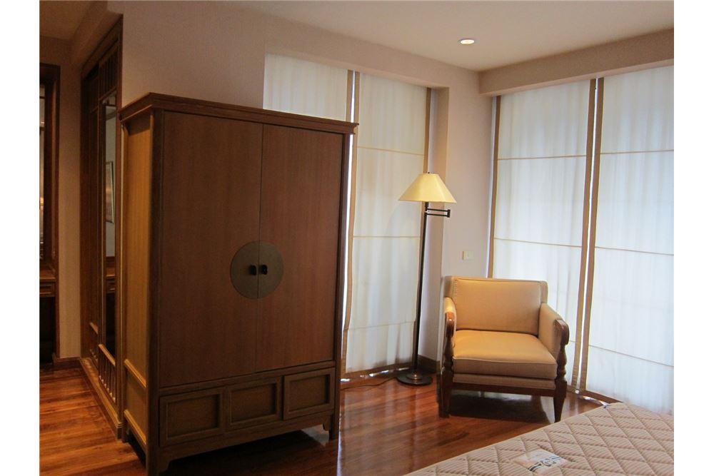 RE/MAX Properties Agency's RENT Langsuan Ville 2BED 160SQM. 3
