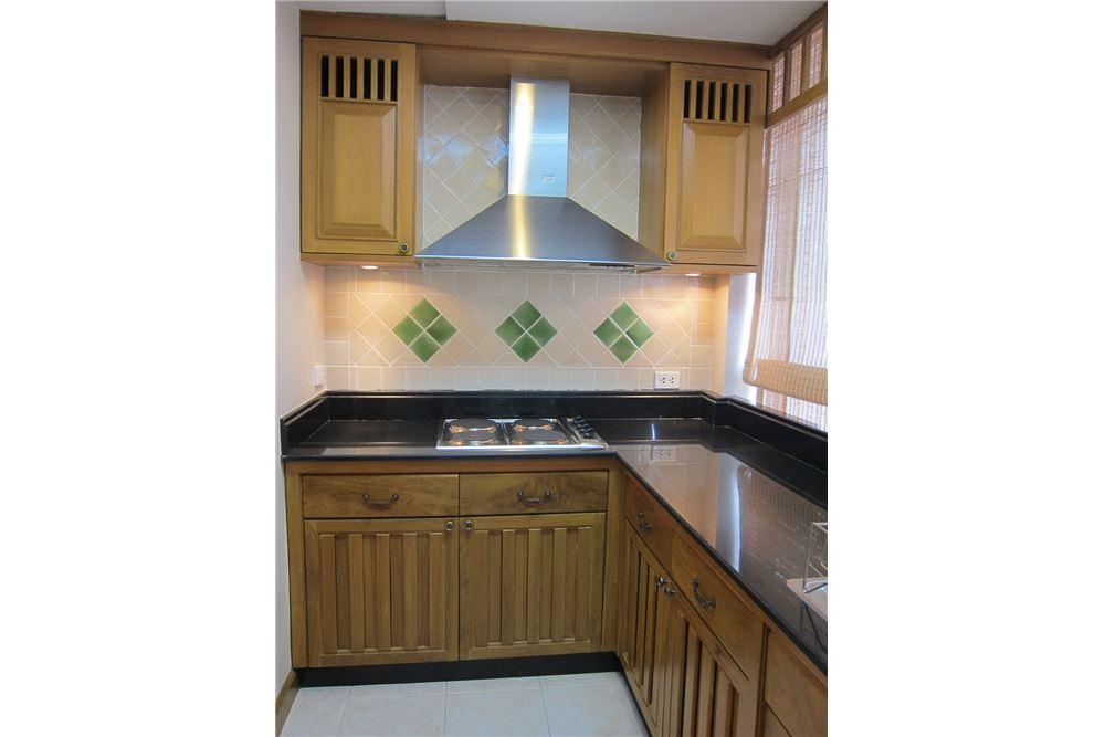 RE/MAX Properties Agency's RENT Langsuan Ville 2BED 160SQM. 10