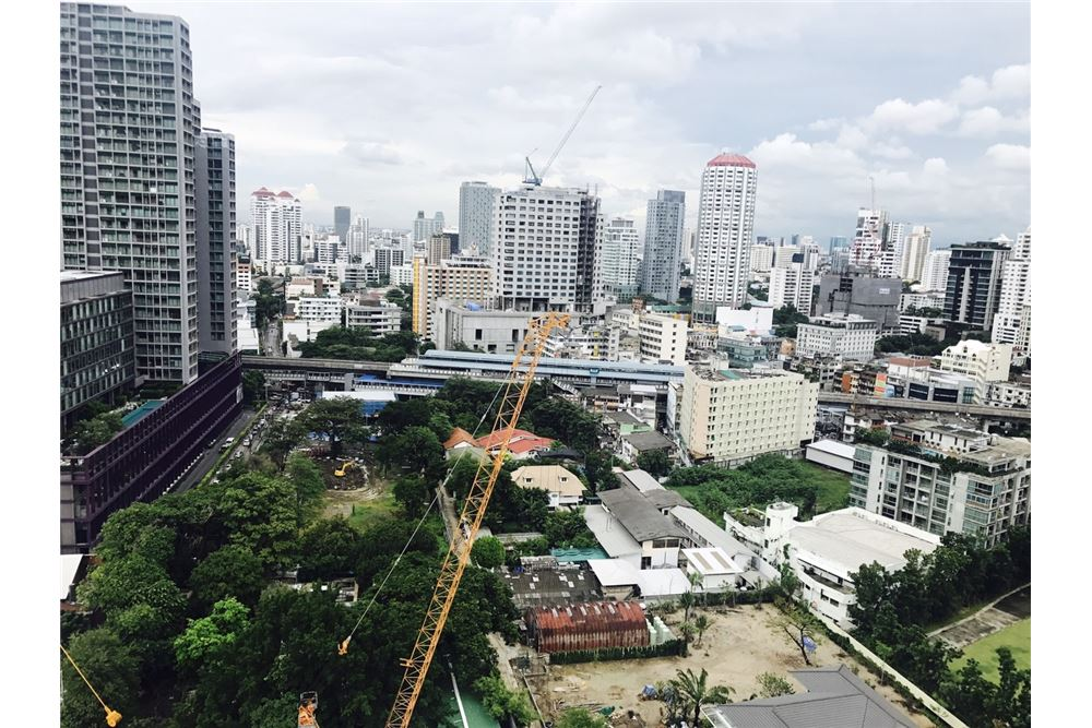 RE/MAX Executive Homes Agency's Rhythm Sukhumvit 36-38 / Studio / for Rent 7