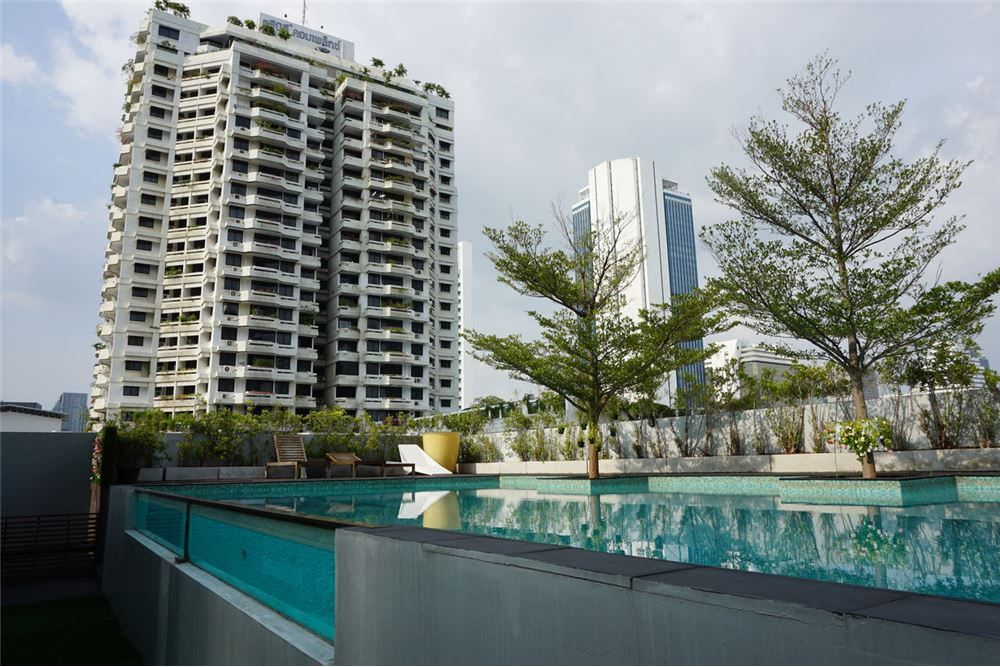RE/MAX Executive Homes Agency's Quad Silom / 1 Bedroom / For Rent  / 35K 5