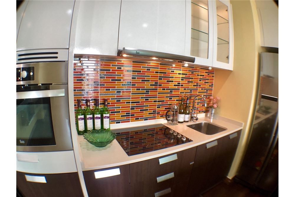 RE/MAX Executive Homes Agency's Spacious 2 Bedroom for Rent Ivy Thonglor 9