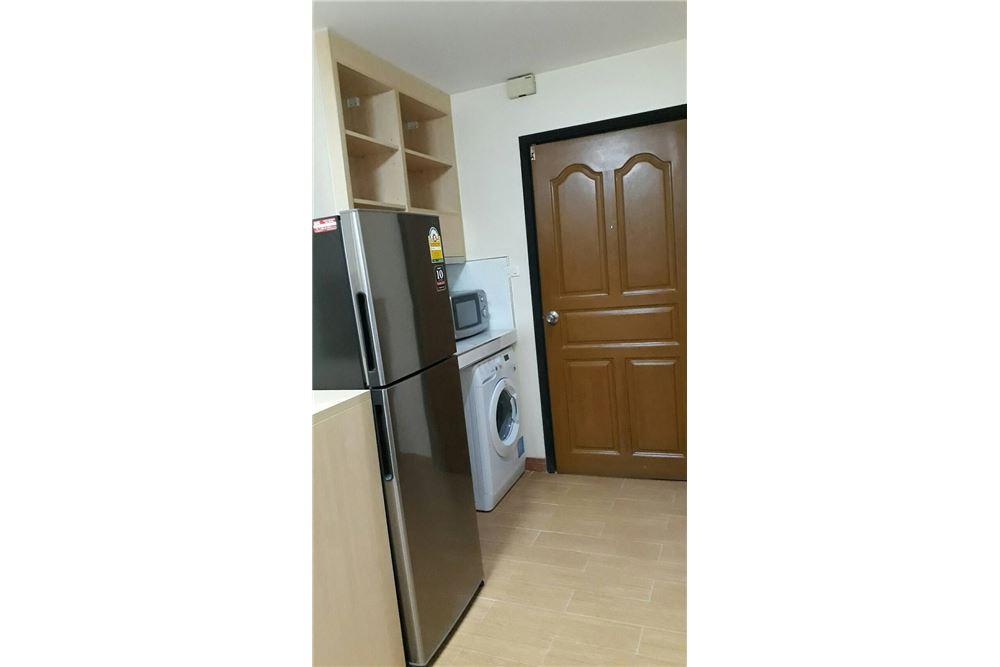 RE/MAX Properties Agency's Rent 2bedroom @Navin Court 2