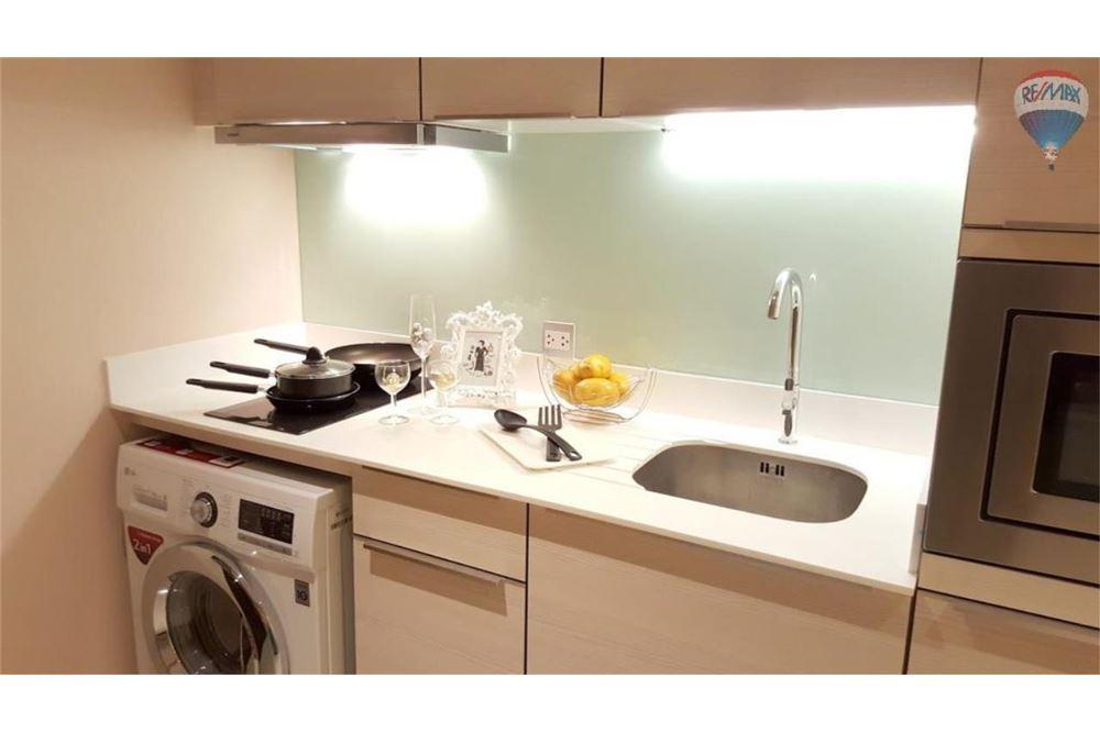 RE/MAX Properties Agency's H Sukhumvit 43, Bangkok - Condo for Rent 6