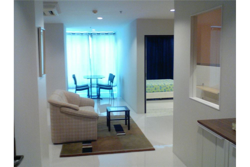 RE/MAX Properties Agency's For RENT 2 BEDROOMs at Sukhumvit Living Town 2