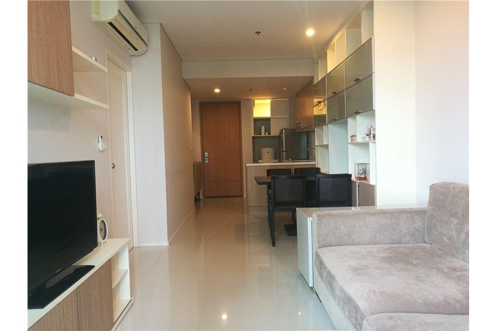 RE/MAX Properties Agency's Villa Asoke 1bedroom 2