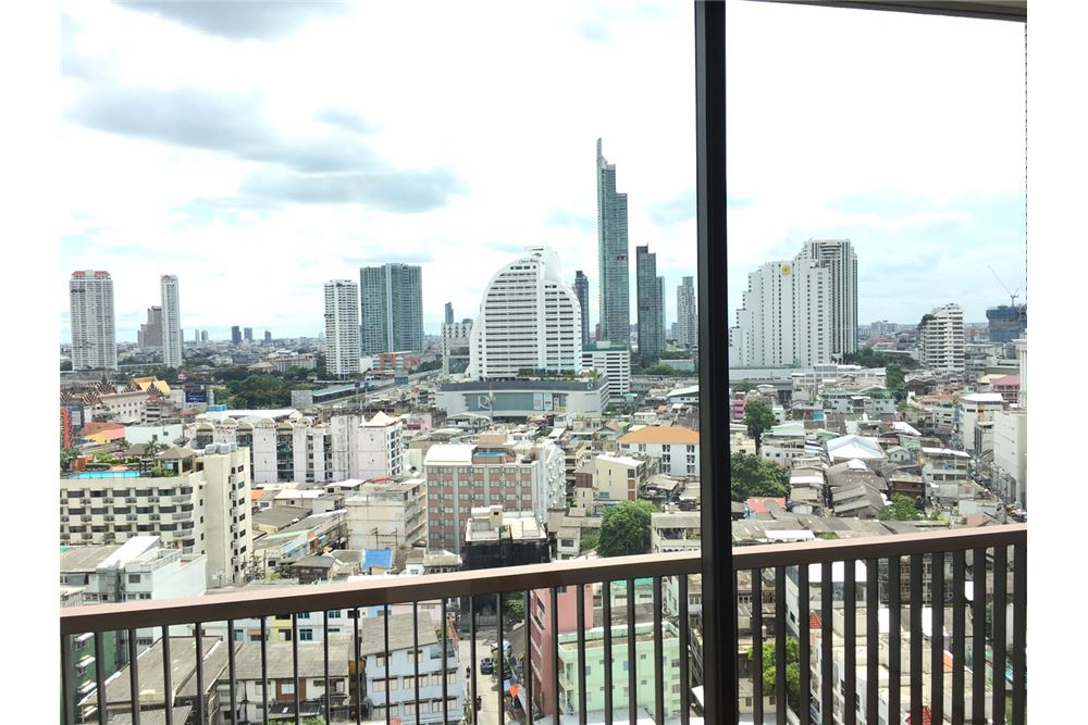RE/MAX Executive Homes Agency's Lovely 2 Bedroom for Rent Noble Revo Silom 7
