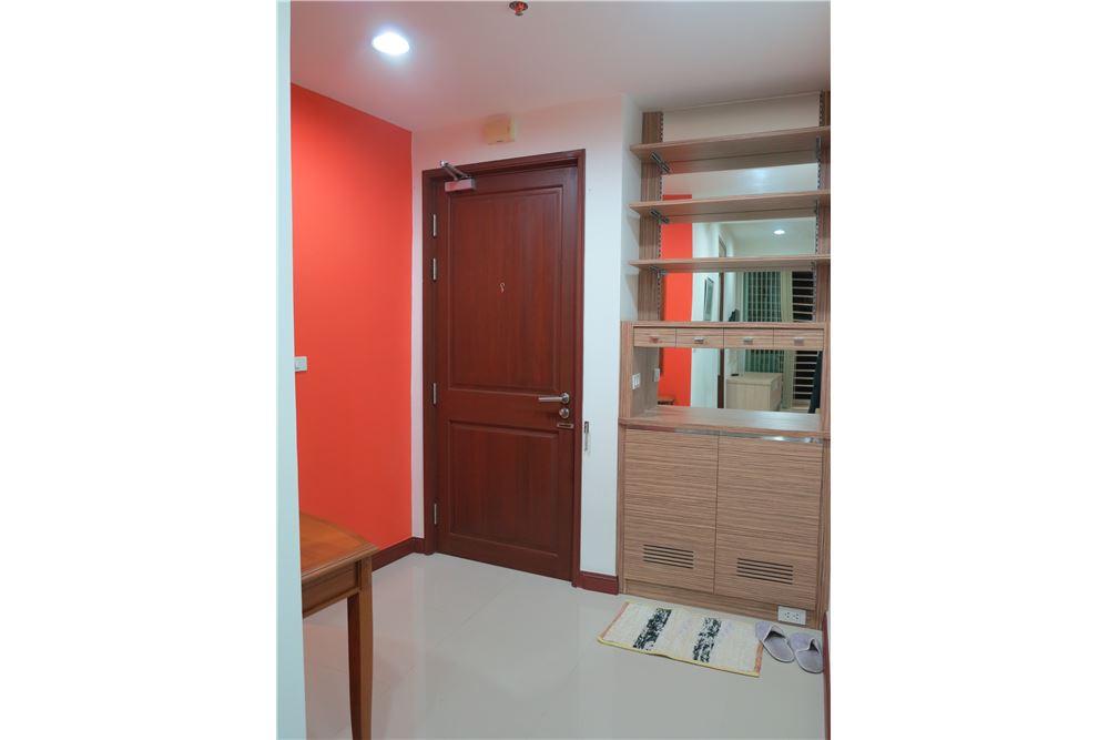 RE/MAX Executive Homes Agency's Nice 2 Bedroom for Sale Baan Rajprasong 5