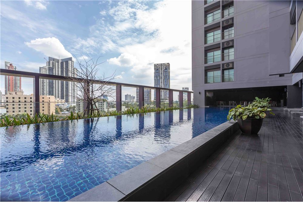 RE/MAX Properties Agency's RENT NOBLE REMIX 1 BED 42 SQM 11