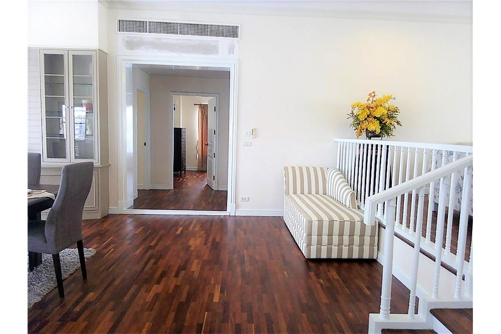 RE/MAX Executive Homes Agency's Apartment 3 Bedrooms For Rent in Sathorn area 3