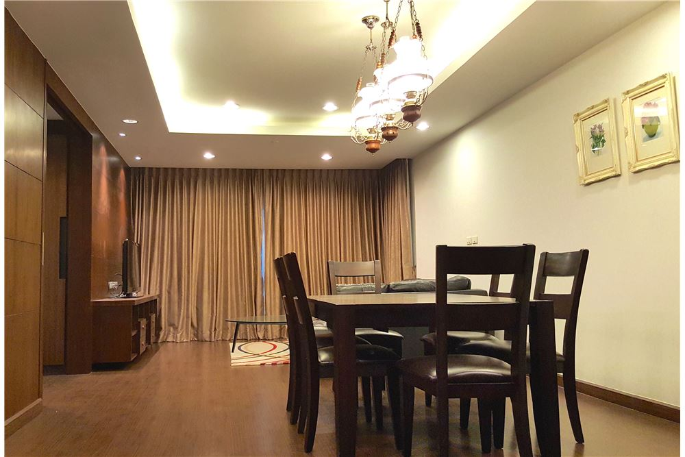 RE/MAX Executive Homes Agency's Lovely 3 Bedroom for Rent Sathorn Gardens 5