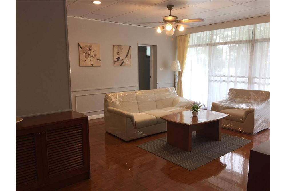 RE/MAX Executive Homes Agency's Apartment for Rent / in Sukhumvit area 13
