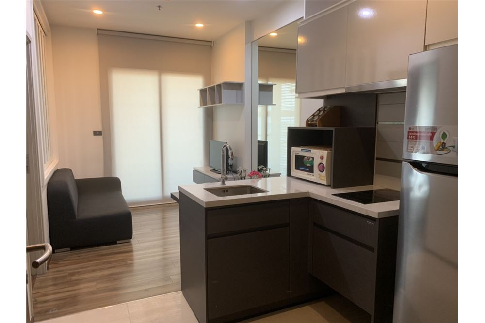 RE/MAX Executive Homes Agency's Wyne Condo newly furnished sale/rent 1