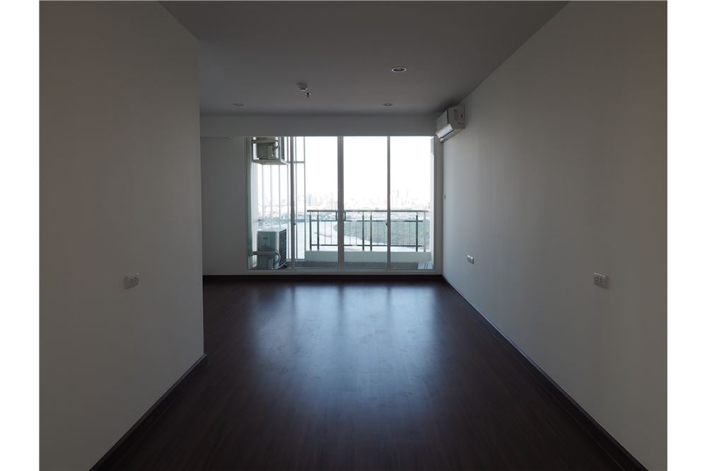 RE/MAX Properties Agency's RENT spacious 2bedroom Supalai Prima Riva 5