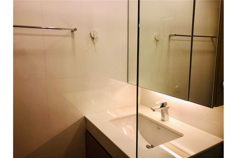 RE/MAX Executive Homes Agency's 2 Bedroom Condo for Rent in Silom 10