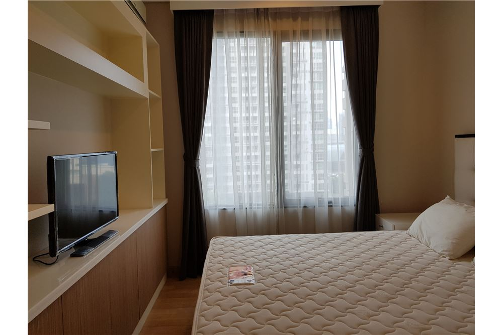 RE/MAX Properties Agency's Villa Asoke 1bedroom 8