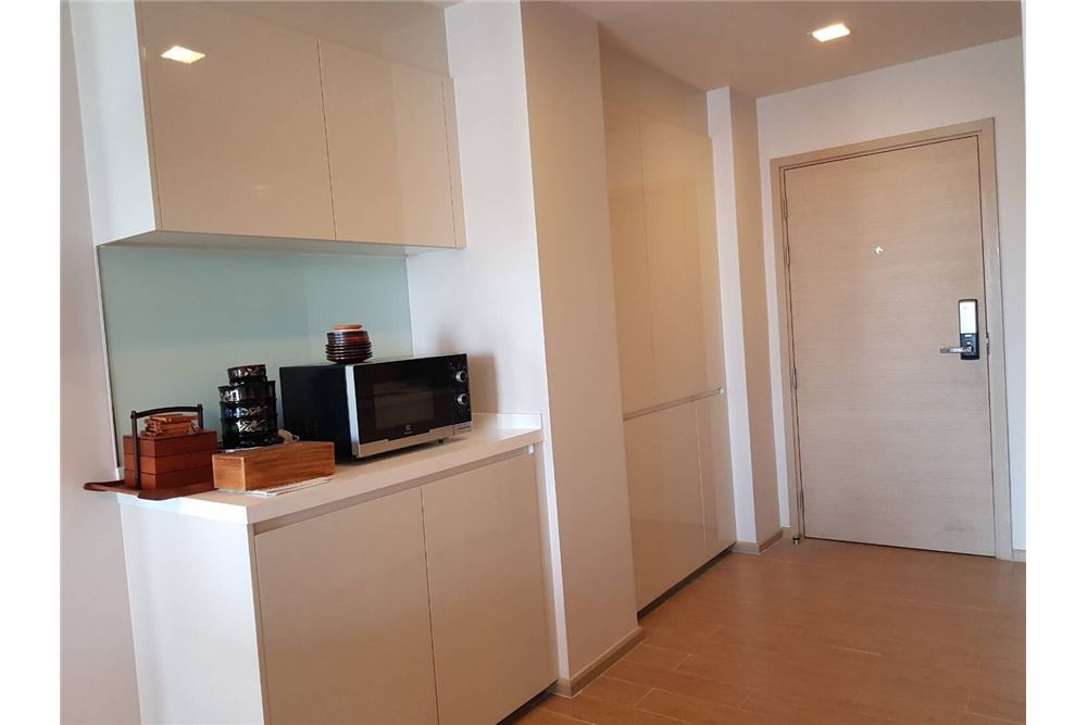 RE/MAX Executive Homes Agency's For Rent Liv@49 BTS Thonglor 2bed 2bath Very New!! 8