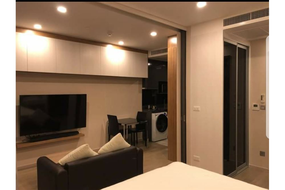 RE/MAX Executive Homes Agency's Nice 1 Bedroom for Rent Ashton Asoke 6