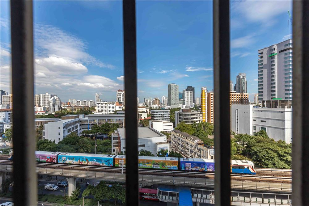RE/MAX Properties Agency's RENT NOBLE REMIX 1 BED 42 SQM 8