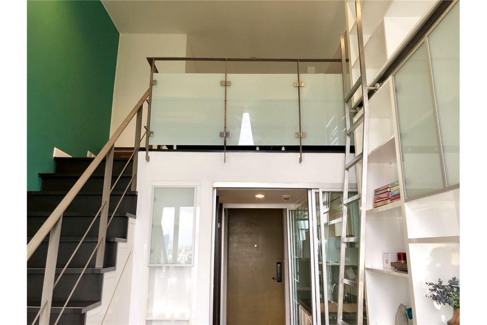 RE/MAX Executive Homes Agency's Stylish 1 Bedroom Duplex for Rent Ashton Morph 38 12