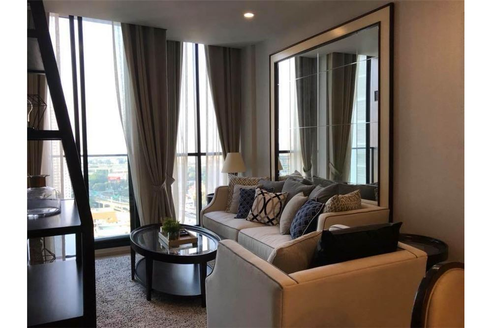 RE/MAX Properties Agency's RENT Noble Ploenchit 2BED 70SQM. 4