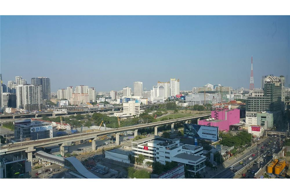 RE/MAX Properties Agency's 1 bed for RENTQ Asoke near MRT 6