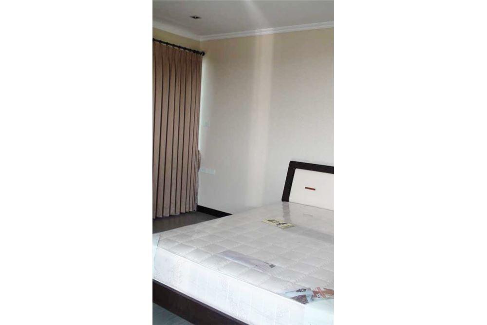 RE/MAX Properties Agency's Floraville Condominium Suite 303 sq.m., 9.5 MB 8