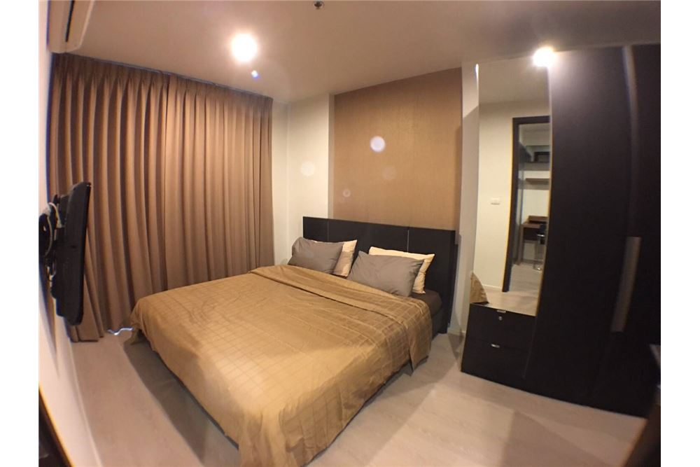 RE/MAX Properties Agency's 1bedroom Rhythm Sathorn - Narathiwas 8