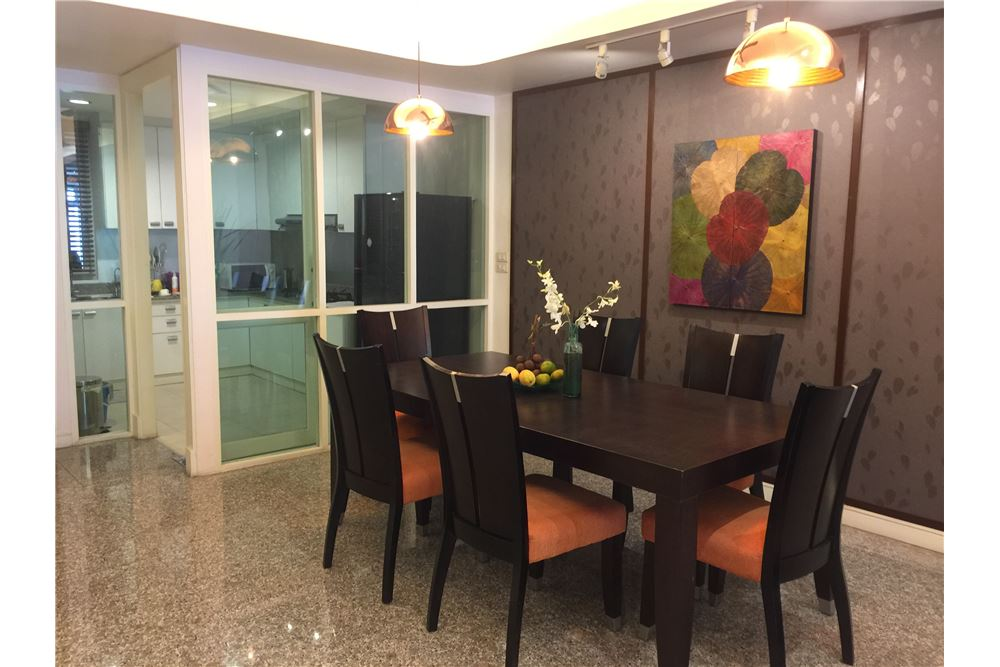 RE/MAX Executive Homes Agency's Apartment For Rent, Sukhumvit 24, 2beds, BTS 2