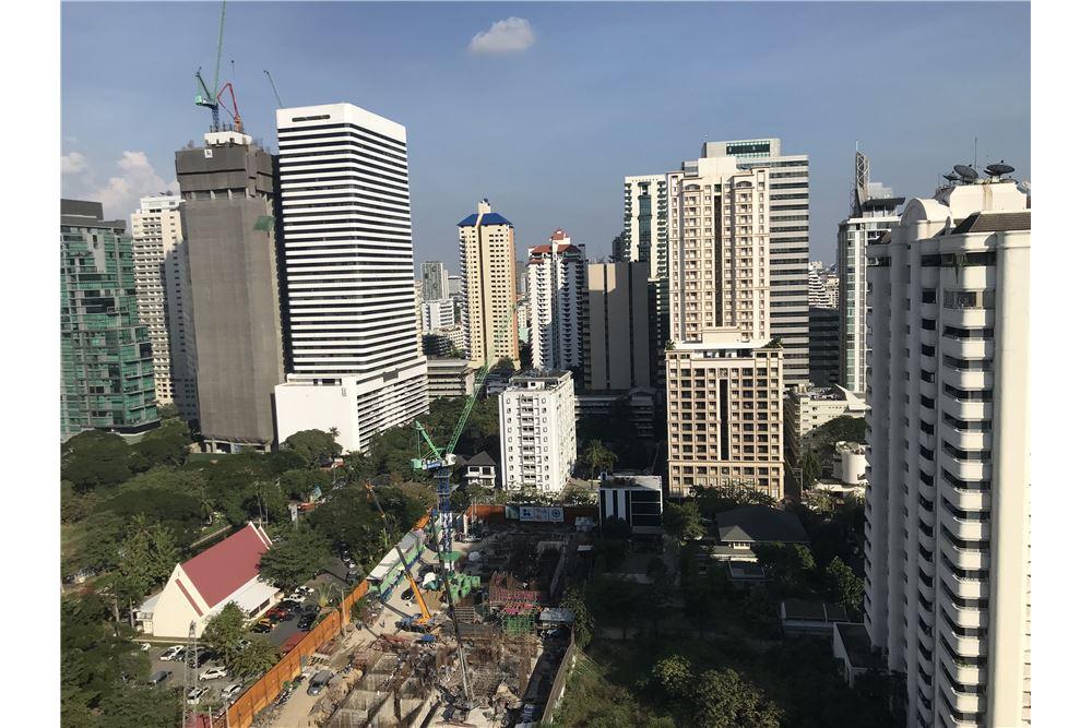 RE/MAX Properties Agency's Sale 1bedroom 15 Sukhumvit Residences 8