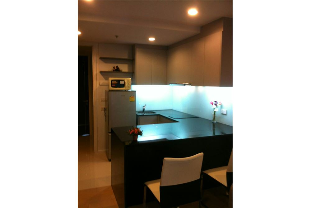 RE/MAX Properties Agency's RENT 15 SUKHUMVIT RESIDENCES 1 BED 37 SQM 4