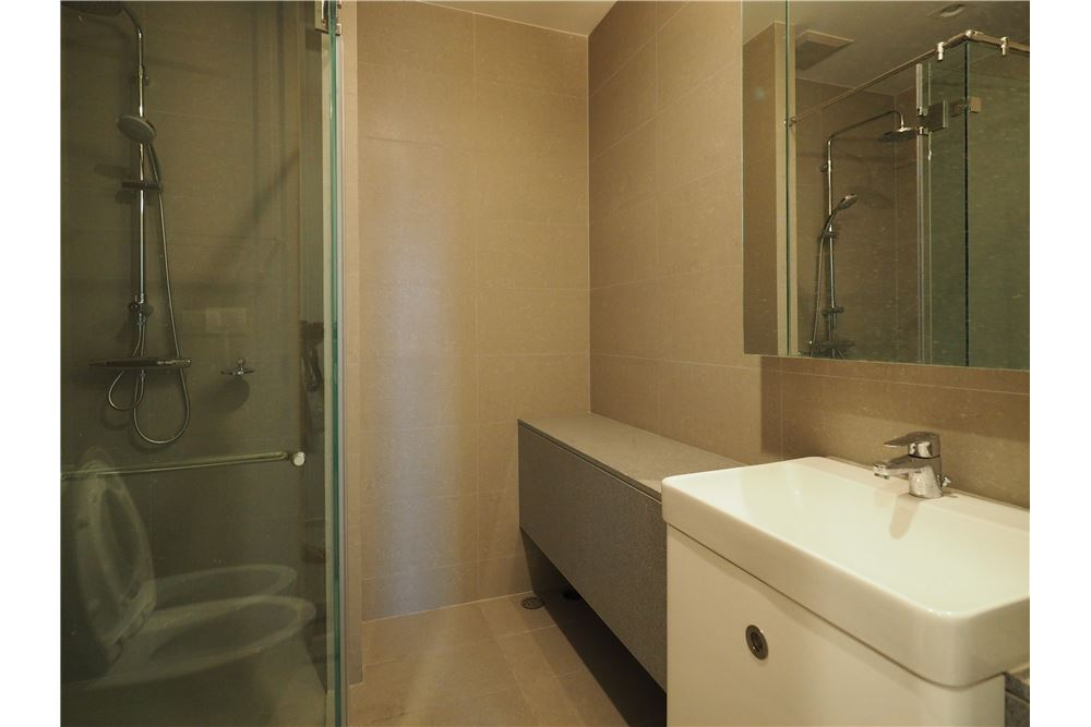 RE/MAX Properties Agency's RENT Noble Ploenchit 2BED 117.67SQM. 13