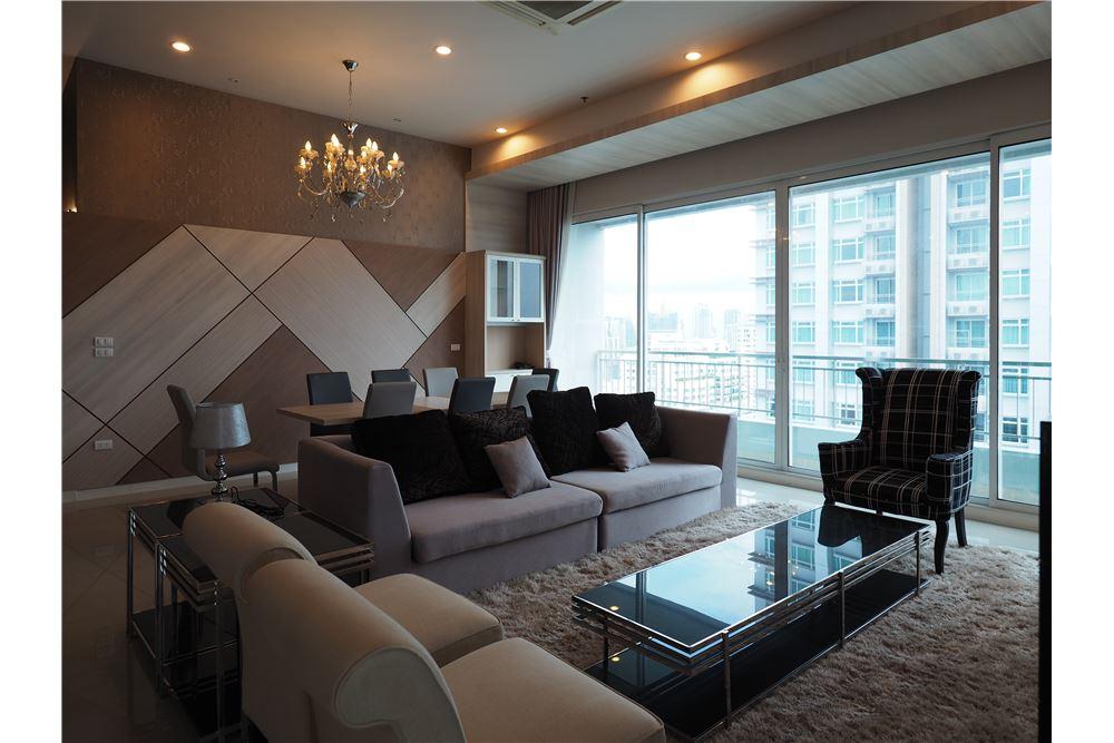 RE/MAX Properties Agency's RENT Circle Condominium 3BED 176.09SQM. 1