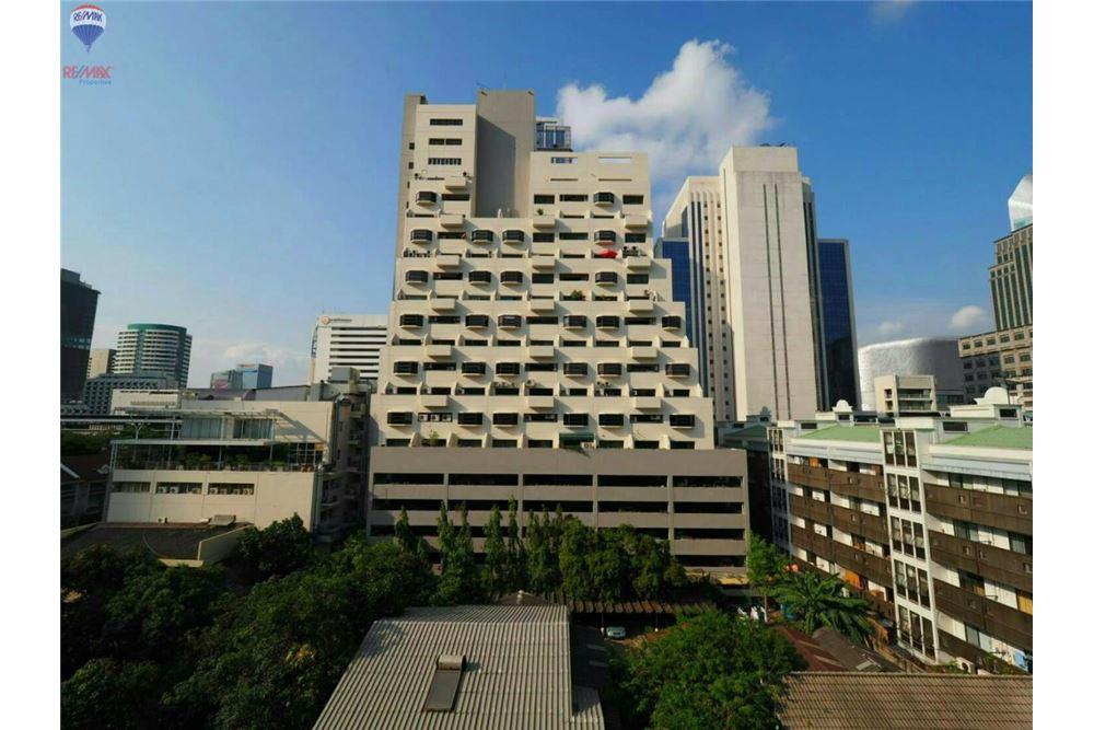 RE/MAX Properties Agency's FOR RENT  KLASS CONDO LANGSUAN  2BED 72.1SQM 10