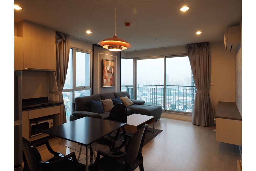 RE/MAX Executive Homes Agency's Nice 2 Bedroom for Rent Rhythm Sathorn Narathiwas 2