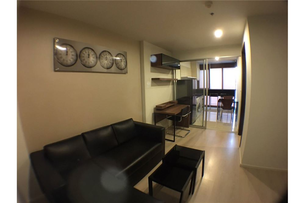 RE/MAX Properties Agency's 1bedroom Rhythm Sathorn - Narathiwas 3