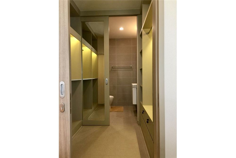RE/MAX Properties Agency's RENT Noble Ploenchit 1BED 48SQM. 6
