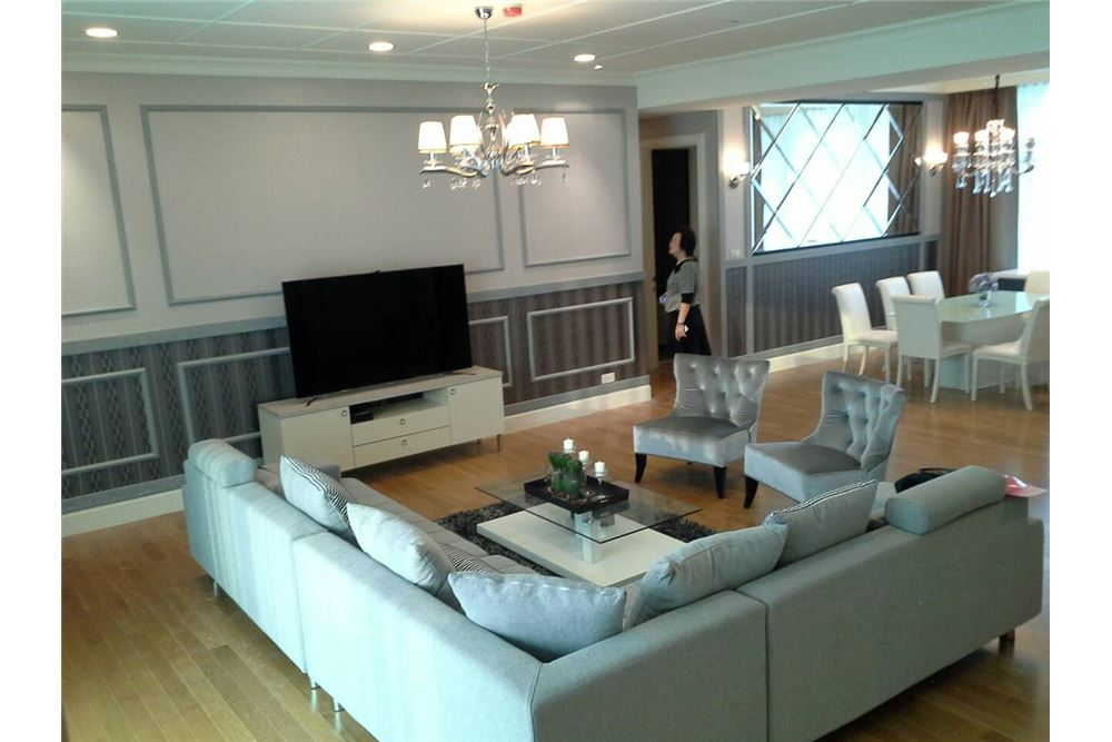 RE/MAX Executive Homes Agency's Royce Private Residence 4Bedrooms for Rent 12
